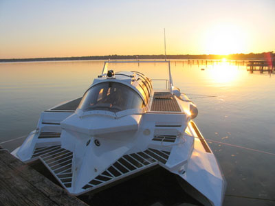 Marion Hyper-Sub, a Revolutionary Submersible Powerboat