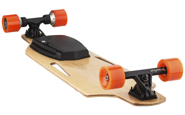 Maxfind Electronic Skateboard with Wireless Remote Control