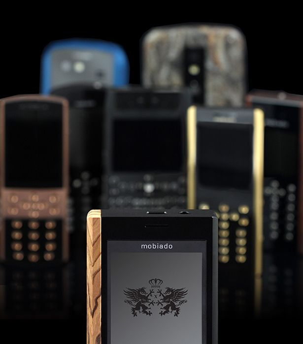 Mobiado Professional 3 X Collection Features Exotic Wood Grip and Advanced Battery Cover Mechanism