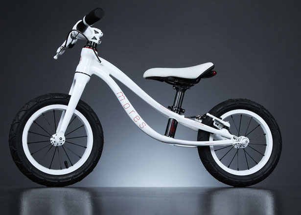 Mores Petitpierre Carbon Fiber Bike for Kids by Mores Design