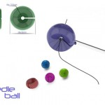 Needle Ball : Insert Thread Into The Eye of A Needle Easily