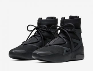 """Nike Air Fear of God 1 """"Triple Black"""" Sneaker Features Solid Black Double-Height Zoom Air Heel Unit"""
