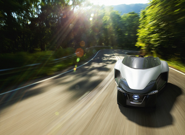 Nissan BladeGlider Concept Car Revolutionizes The Architecture of Our Conventional Vehicles