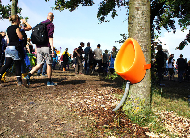 P-TREE temporary tree-friendly urinal