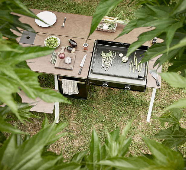 Piknik Table by Iratzoki Lizaso