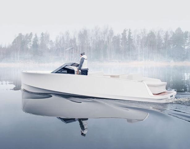 Q-Yachts Q30 Electric Boat