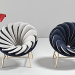 Quetzal Chair Features Bi-color Pillows to Create Attractive Visual Impact