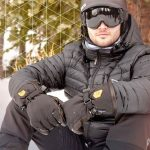 Ravean Heated Gloves and Mittens Feature Heat Control, Touchscreen Compatibility, and Adjustable Cuffs
