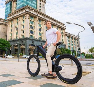 Reevo Hubless E-Bike for Modern Urban Cyclist with Triple Barrier Anti-Theft System
