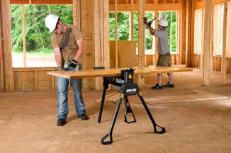 Rockwell Jawhorse Hands Free Portable Workstation (RK9003) Features One Ton Clamping Force