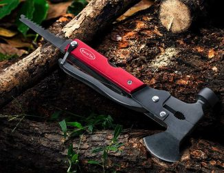 RoverTac Multitool Hatchet Provides a Survival Gear for Adventure Seekers