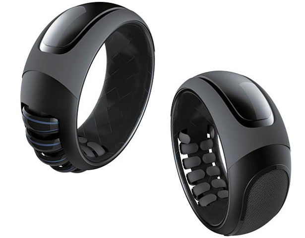 Sign Language Ring Translates Sign Language Motions Into Voice or Text