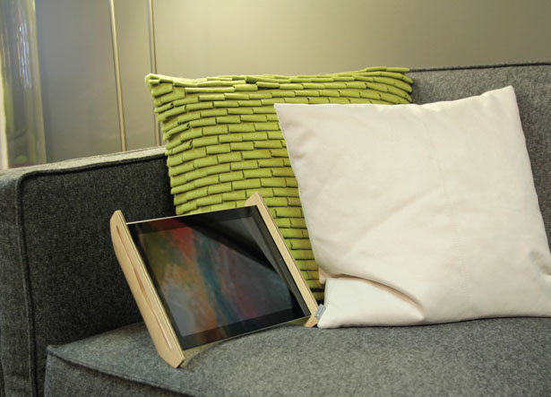 Sne Stand for iPad by G86Design