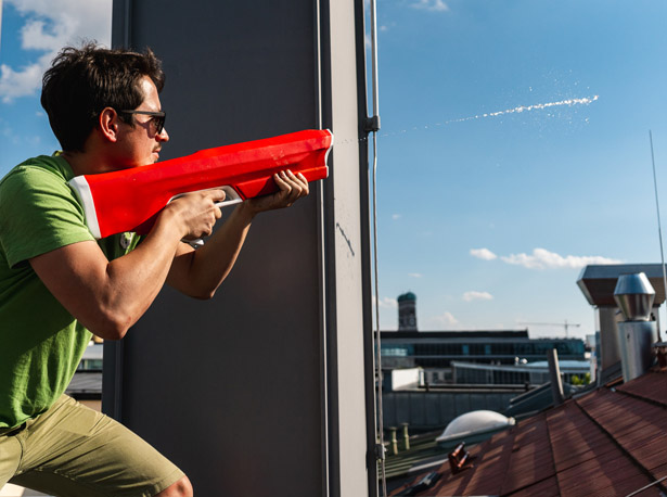Spyra One - A Badass Water Gun for Epic Water Gun Battles