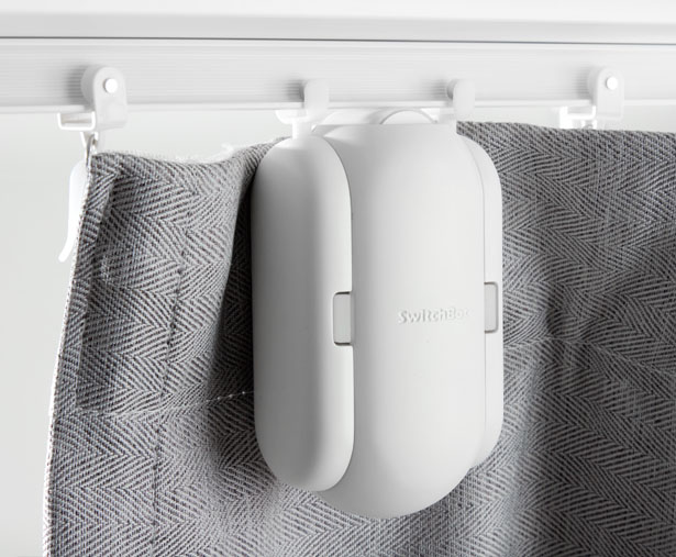 SwitchBot Transforms Your Conventional Curtain into Automatic One