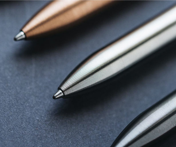 Writing with Tactile Turn Bolt-Action Pen Can Be Addictive