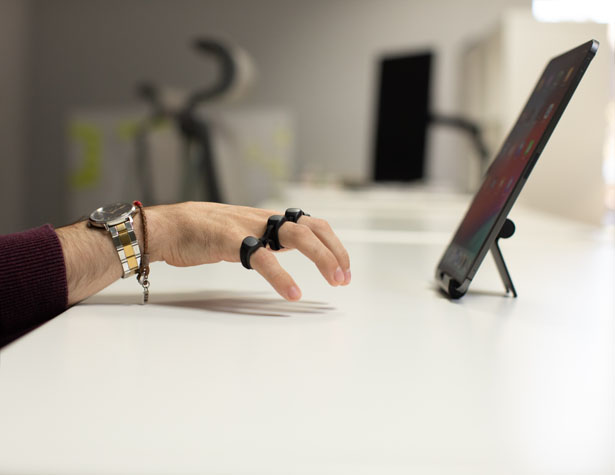 Tap Strap 2 - Wearable Keyboard and Mouse with AirMouse Feature
