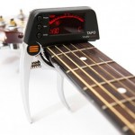 TAPO : Guitar Capo with Built-In Tuner by EditorsKeys