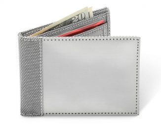 The Thinnest Stainless Steel Wallet Is Impervious to Stretching and Promises Long-Term Durability