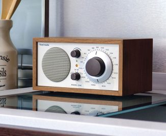 Tivoli Audio Model One – Modern Radio with Tuner and Wooden Cabinet