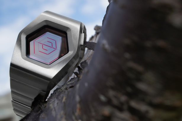 Tokyoflash Kisai Spider LCD Watch Was Inspired by Spider's Web