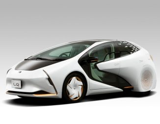 """Futuristic Toyota LQ with Artificial Intelligence Agent """"Yui"""" to Deliver Personalized Driving Experience"""