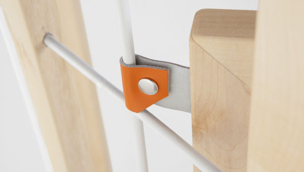 Tusciao Valet Stand for Formabilio by Andrea Brugnera