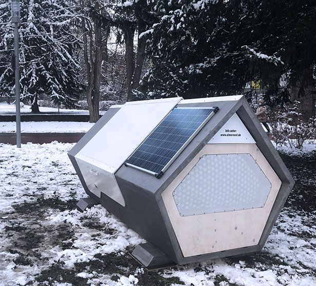 Ulmer Nest - a Solar Powered Pod for Homeless People in Winter