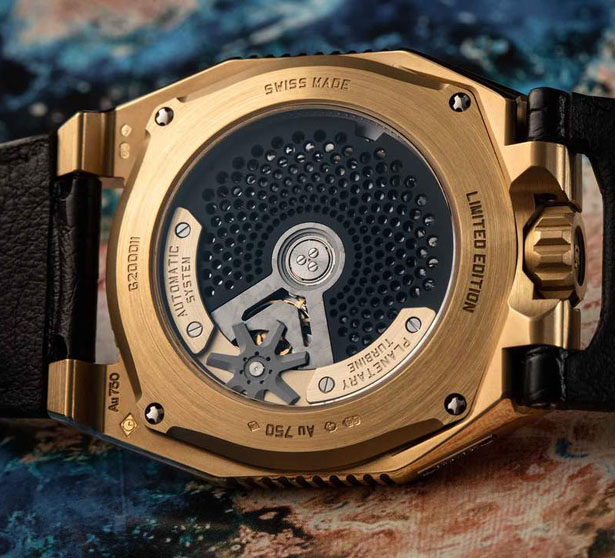 UR-100 Gold Edition FIGHT-C19 Watch