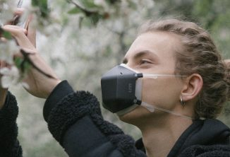 UVMask Face Mask with Integrated UV-C Light Air Purification That Works Faster Than You Can Breathe