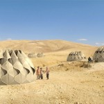 Weaving a Home : A Concept Tent for Refugees