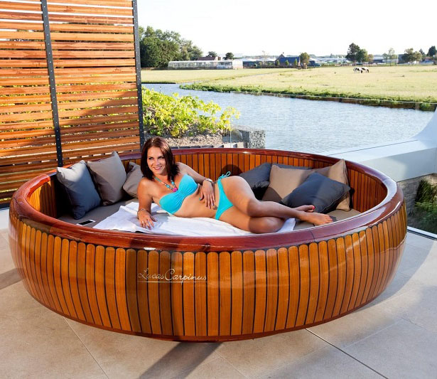 WoodCruise - Outdoor Lounge Furniture by Dutch Luxury Design - WoodCruise – Outdoor, Rotating Lounge Furniture To Enjoy Sunbathing
