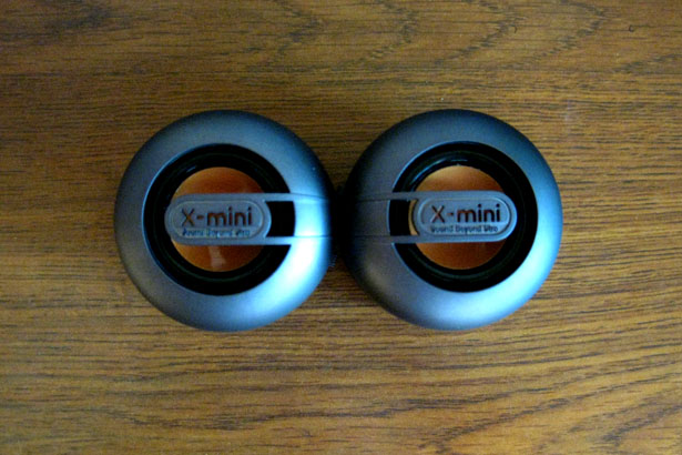 X-Mini Max Capsule Speaker System Hands-On Review