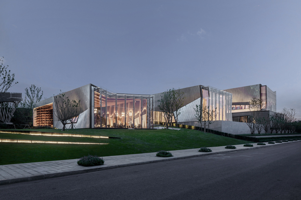 Yuanlu Community Center Community Center by Jie Lee