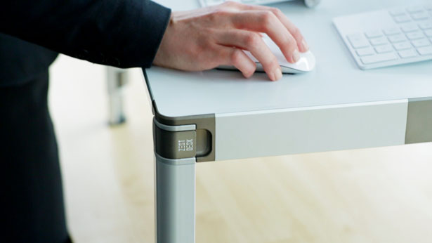 ZestDesk Portable Adjustable Standing Desk by James Moore