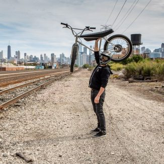 Urban Ultralight Electric Bike is Light Enough You Can Lift It Up with One Hand